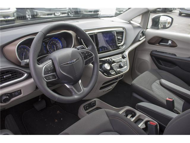 2017 Chrysler Pacifica Touring (Stk: H837809) in Abbotsford - Image 12 of 26