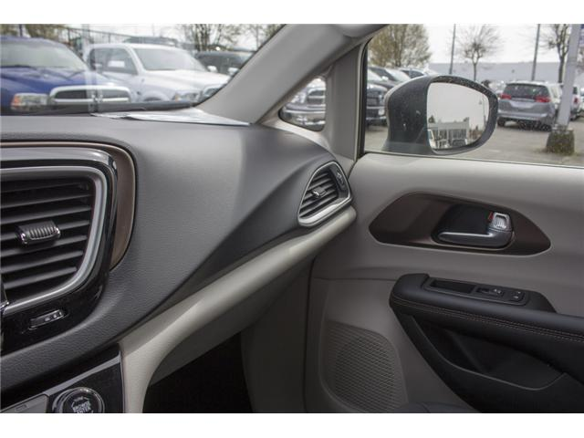 2017 Chrysler Pacifica Touring (Stk: H837809) in Abbotsford - Image 25 of 26