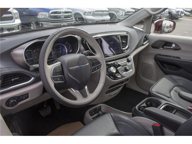 2017 Chrysler Pacifica Hybrid Platinum (Stk: H779192) in Abbotsford - Image 11 of 24