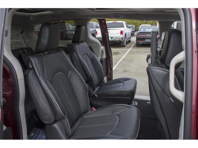 2017 Chrysler Pacifica Hybrid Platinum (Stk: H779192) in Abbotsford - Image 15 of 24