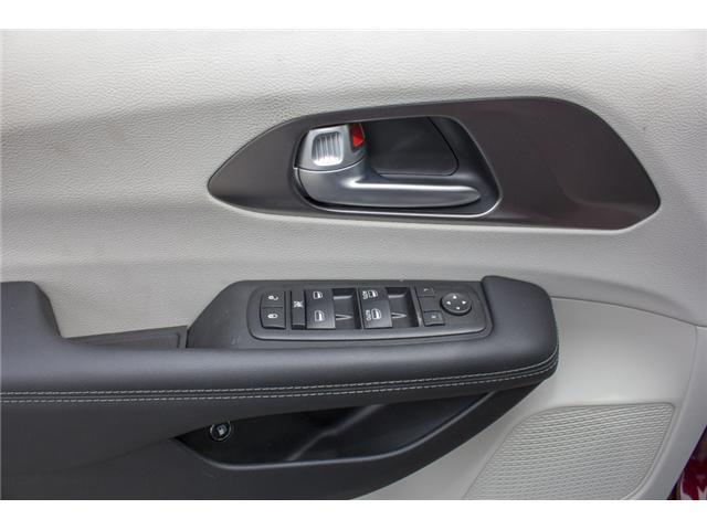 2017 Chrysler Pacifica Hybrid Platinum (Stk: H779192) in Abbotsford - Image 18 of 24