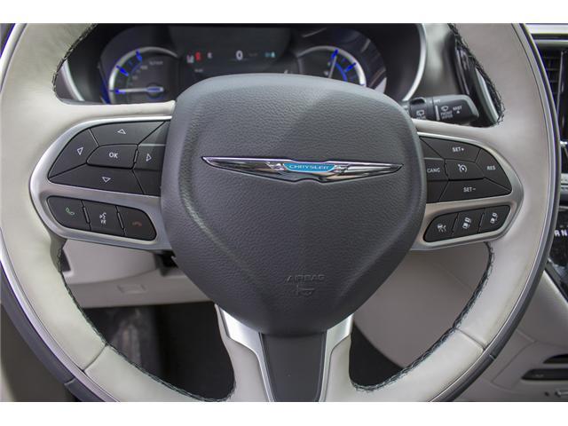 2017 Chrysler Pacifica Hybrid Platinum (Stk: H779192) in Abbotsford - Image 19 of 24
