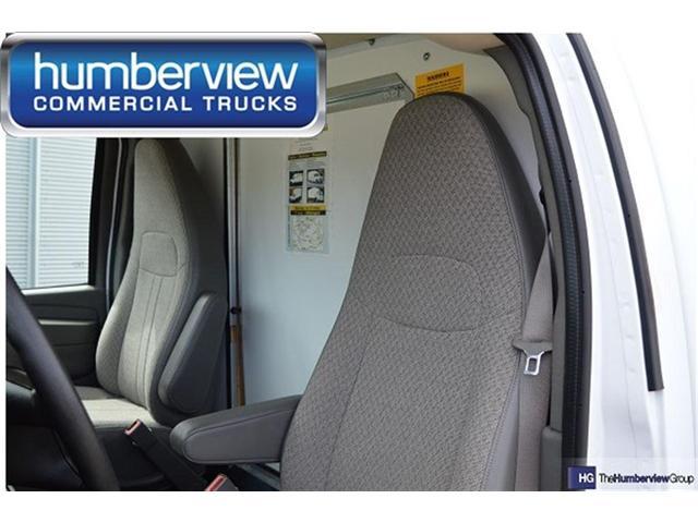 2015 GMC Savana Cutaway 3500 1SD (Stk: CTDR1576 DIESEL) in Mississauga - Image 3 of 9