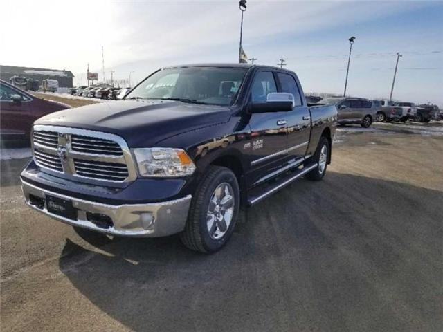 2017 RAM 1500 SLT (Stk: QT229) in  - Image 2 of 18