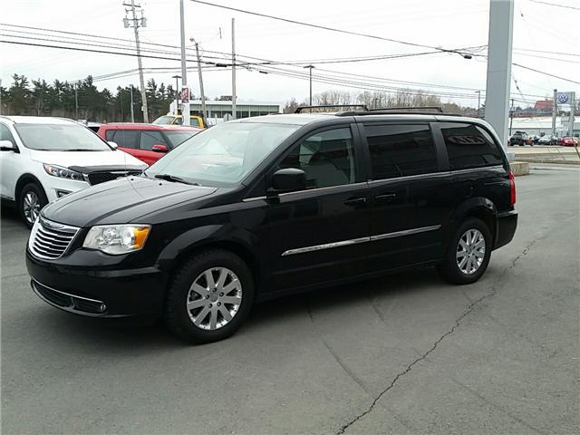 2014 Chrysler Town & Country Touring (Stk: U936) in Hebbville - Image 2 of 24