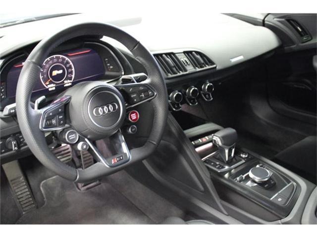 2017 Audi R8 5.2 V10 (Stk: CONSD) in Mississauga - Image 7 of 10