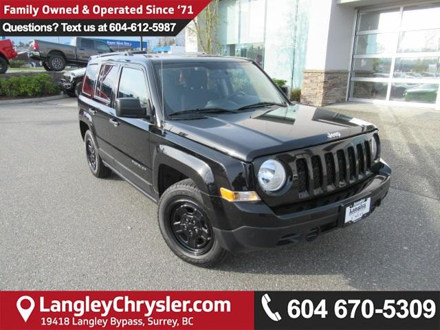 2016 Jeep Patriot Sport/North (Stk: EE890710) in Surrey - Image 1 of 28