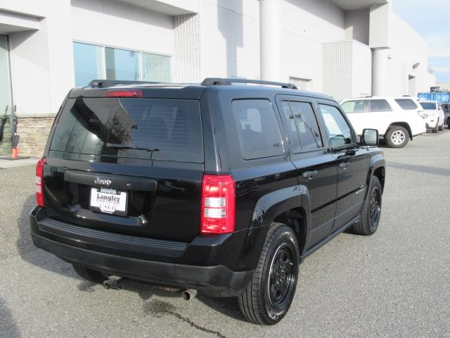 2016 Jeep Patriot Sport/North (Stk: EE890710) in Surrey - Image 7 of 28