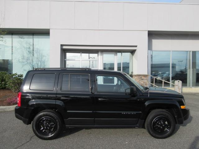 2016 Jeep Patriot Sport/North (Stk: EE890710) in Surrey - Image 8 of 28