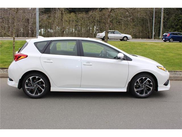 2018 Toyota Corolla iM Base (Stk: 11833) in Courtenay - Image 2 of 22