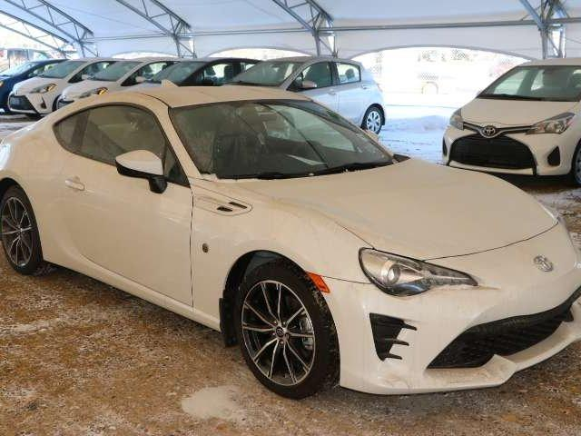 2017 Toyota 86 Base (Stk: 2701369) in Calgary - Image 1 of 5