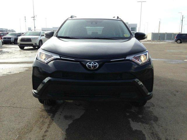 2017 Toyota RAV4 LE (Stk: 284046) in Calgary - Image 3 of 13