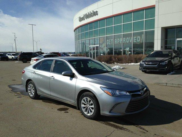 2017 Toyota Camry LE (Stk: 284061) in Calgary - Image 1 of 14