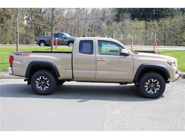 2018 Toyota Tacoma SR5 (Stk: 11726) in Courtenay - Image 2 of 28
