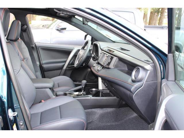 2018 Toyota RAV4 AWD (Stk: 11804) in Courtenay - Image 24 of 28