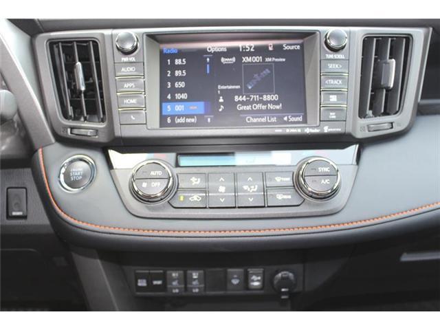 2018 Toyota RAV4 AWD (Stk: 11802) in Courtenay - Image 13 of 28