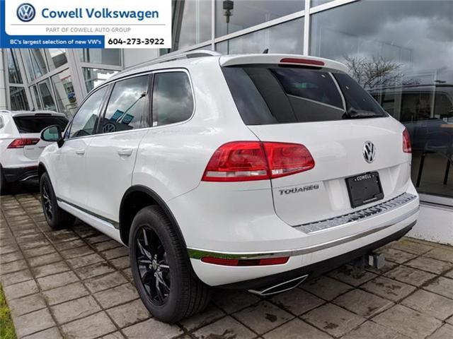 2017 Volkswagen Touareg 3.6L Sportline (Stk: VWKN7868) in Richmond - Image 2 of 4
