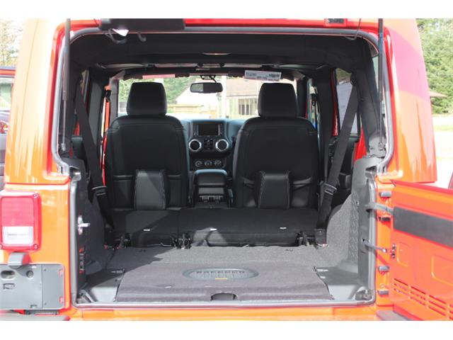 2018 Jeep Wrangler JK Unlimited Sahara (Stk: L863695) in Courtenay - Image 14 of 30