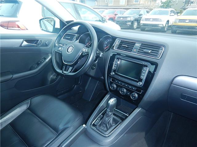2015 Volkswagen Jetta 2.0 TDI Highline (Stk: VW0667) in Surrey - Image 17 of 26