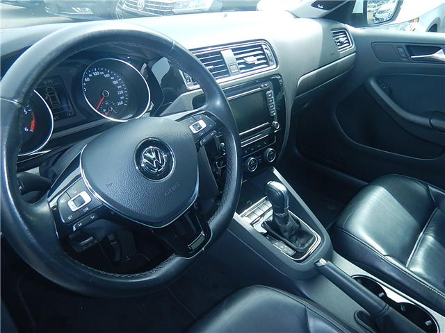 2015 Volkswagen Jetta 2.0 TDI Highline (Stk: VW0667) in Surrey - Image 6 of 26