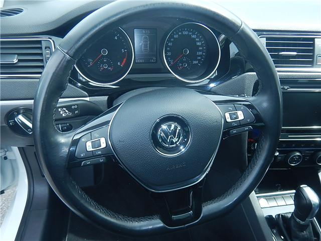 2015 Volkswagen Jetta 2.0 TDI Highline (Stk: VW0667) in Surrey - Image 7 of 26