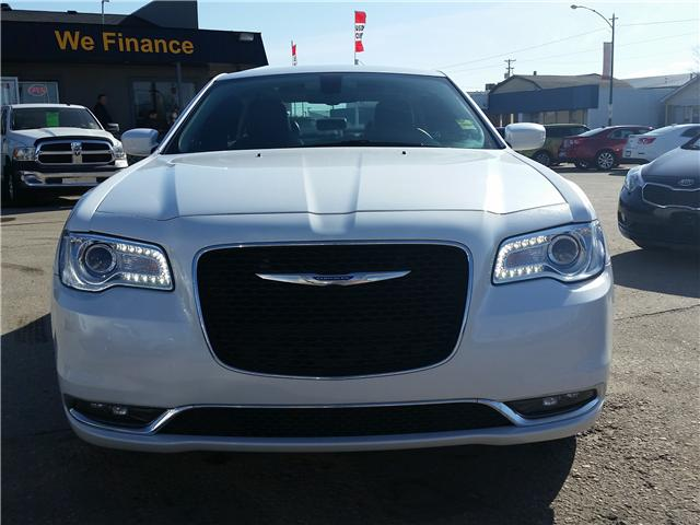 2016 Chrysler 300 Touring (Stk: P35148) in Saskatoon - Image 2 of 22