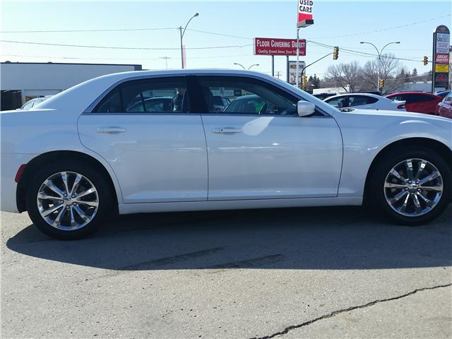2016 Chrysler 300 Touring (Stk: P35148) in Saskatoon - Image 4 of 22