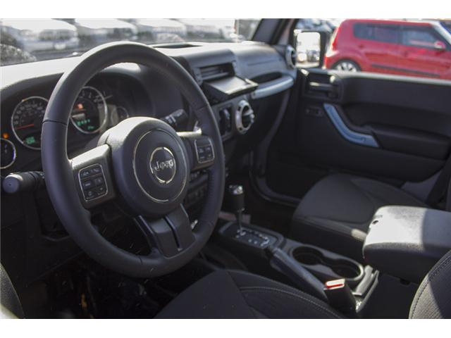 2018 Jeep Wrangler JK Unlimited Sahara (Stk: J863953) in Abbotsford - Image 11 of 25