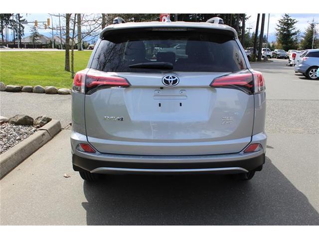 2018 Toyota RAV4 AWD (Stk: 11836) in Courtenay - Image 4 of 26