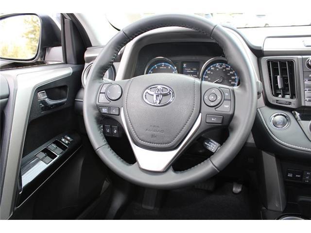 2018 Toyota RAV4 AWD (Stk: 11836) in Courtenay - Image 11 of 26