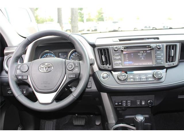 2018 Toyota RAV4 AWD (Stk: 11836) in Courtenay - Image 12 of 26
