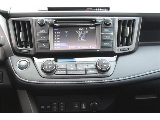 2018 Toyota RAV4 AWD (Stk: 11836) in Courtenay - Image 13 of 26
