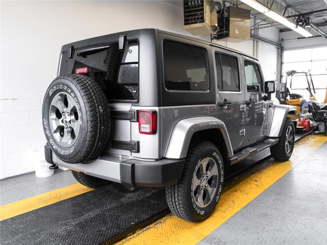 2018 Jeep Wrangler JK Unlimited Sahara (Stk: Y039990) in Burnaby - Image 2 of 6
