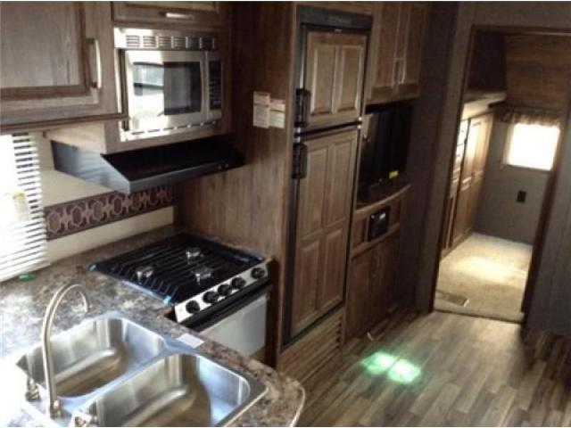 2015 Keystone COUGAR 5TH WHEEL  (Stk: OR064) in  - Image 3 of 10