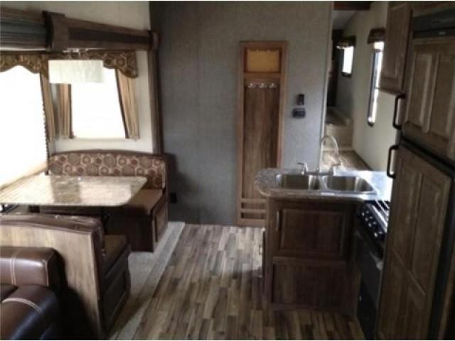 2015 Keystone COUGAR 5TH WHEEL  (Stk: OR064) in  - Image 4 of 10
