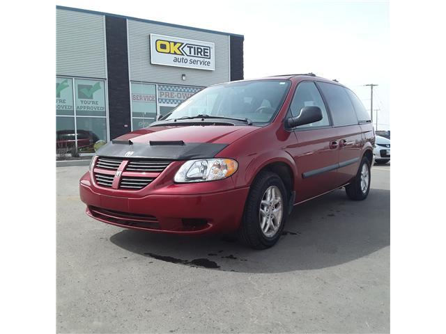 2005 Dodge Caravan SXT (Stk: ) in Brandon - Image 3 of 9