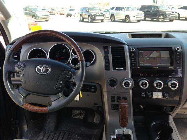 2010 Toyota Sequoia Platinum 5.7L V8 (Stk: 2760253A) in Calgary - Image 12 of 19