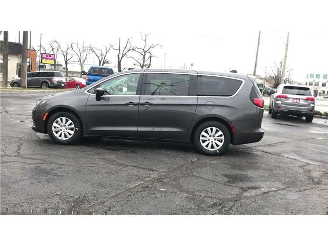 2018 Chrysler Pacifica L (Stk: 1823) in Windsor - Image 5 of 11