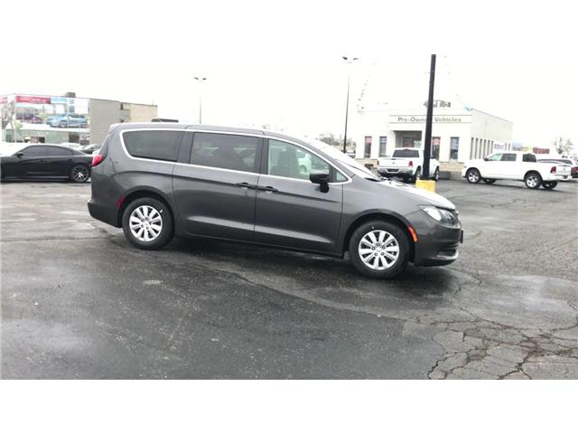2018 Chrysler Pacifica L (Stk: 1823) in Windsor - Image 9 of 11