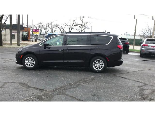 2018 Chrysler Pacifica LX (Stk: 18157) in Windsor - Image 5 of 11