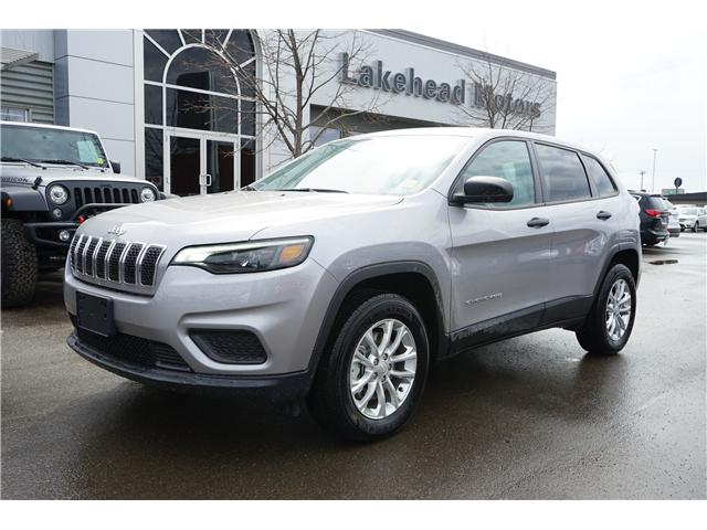 2019 Jeep Cherokee Sport (Stk: 191008) in Thunder Bay - Image 1 of 4