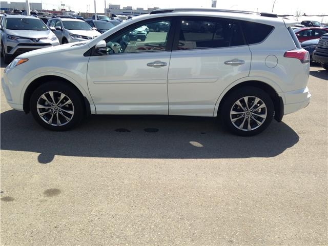 2017 Toyota RAV4 Limited (Stk: 2800882A) in Calgary - Image 4 of 20