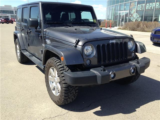 2017 Jeep Wrangler Unlimited Sahara (Stk: 2800739B) in Calgary - Image 1 of 12