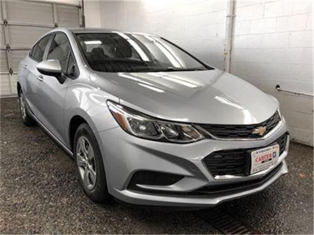 2018 Chevrolet Cruze LS Auto (Stk: J8-33210) in Burnaby - Image 2 of 7