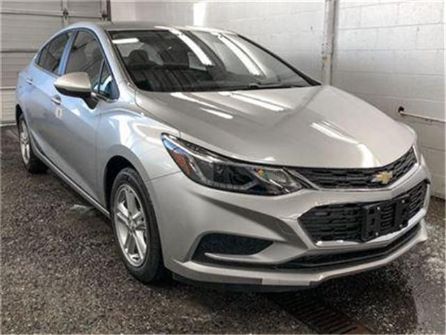 2018 Chevrolet Cruze LT Auto (Stk: J8-58760) in Burnaby - Image 2 of 7