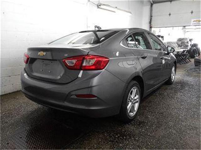 2018 Chevrolet Cruze LT Auto (Stk: J8-48420) in Burnaby - Image 2 of 6