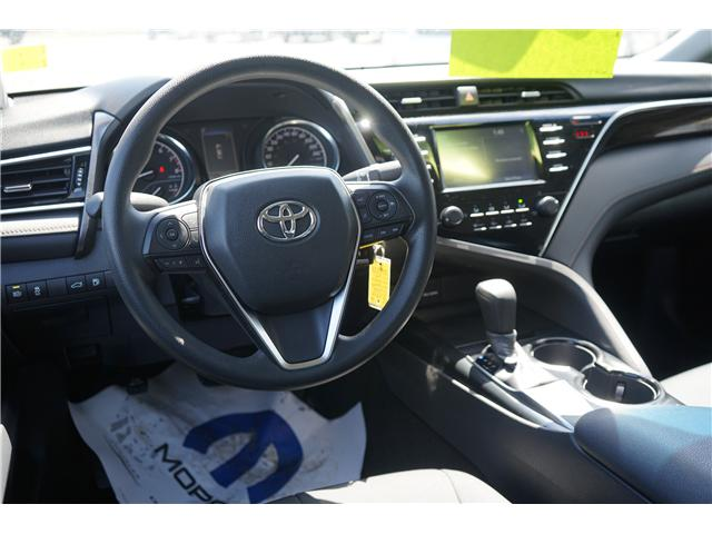 2018 Toyota Camry  (Stk: 97511R) in Thunder Bay - Image 2 of 6