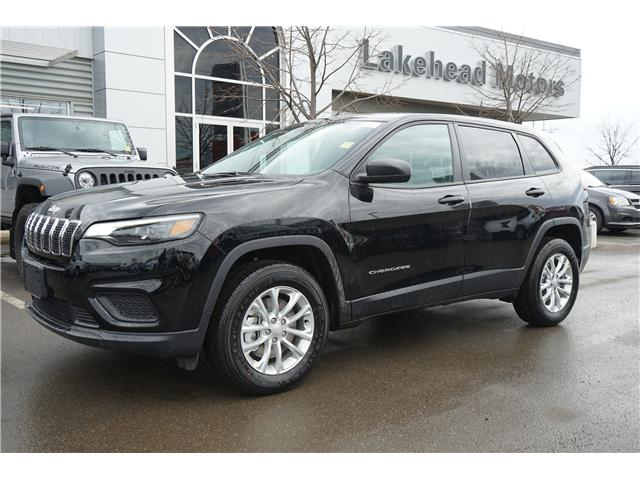 2019 Jeep Cherokee Sport (Stk: 191011) in Thunder Bay - Image 1 of 5