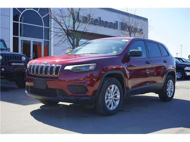 2019 Jeep Cherokee Sport (Stk: 191005) in Thunder Bay - Image 1 of 6