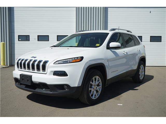 2017 Jeep Cherokee North (Stk: 1714431R) in Thunder Bay - Image 1 of 8